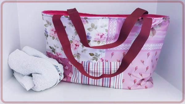 Shopper aus Wachstuch in Rosé, Pink, Weiß mit Rosen