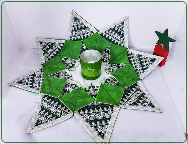 Sternenkranz in grünen Unistoff mit dunkelgrünen / weißen Musterstoff